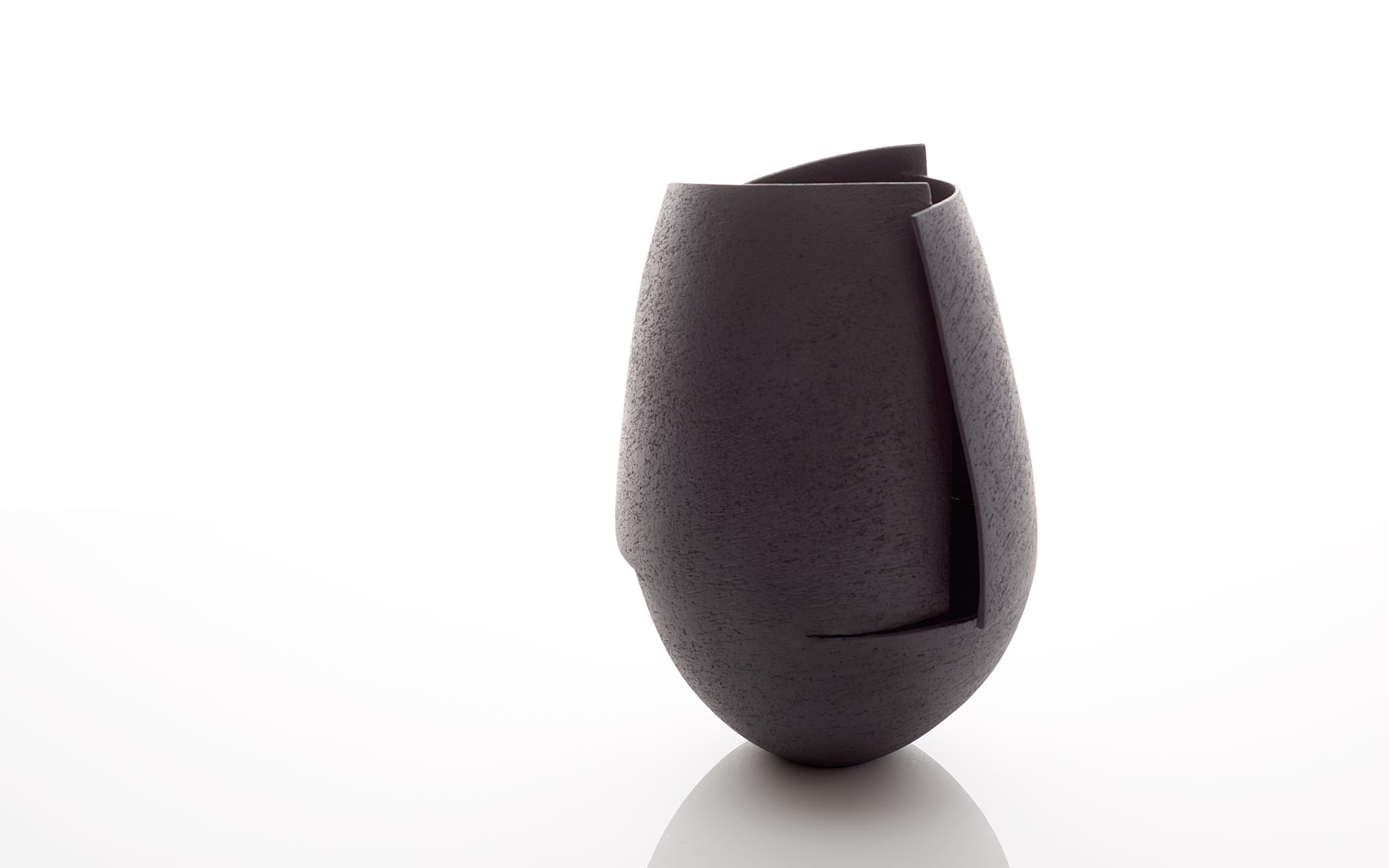 Black Cut Vessel